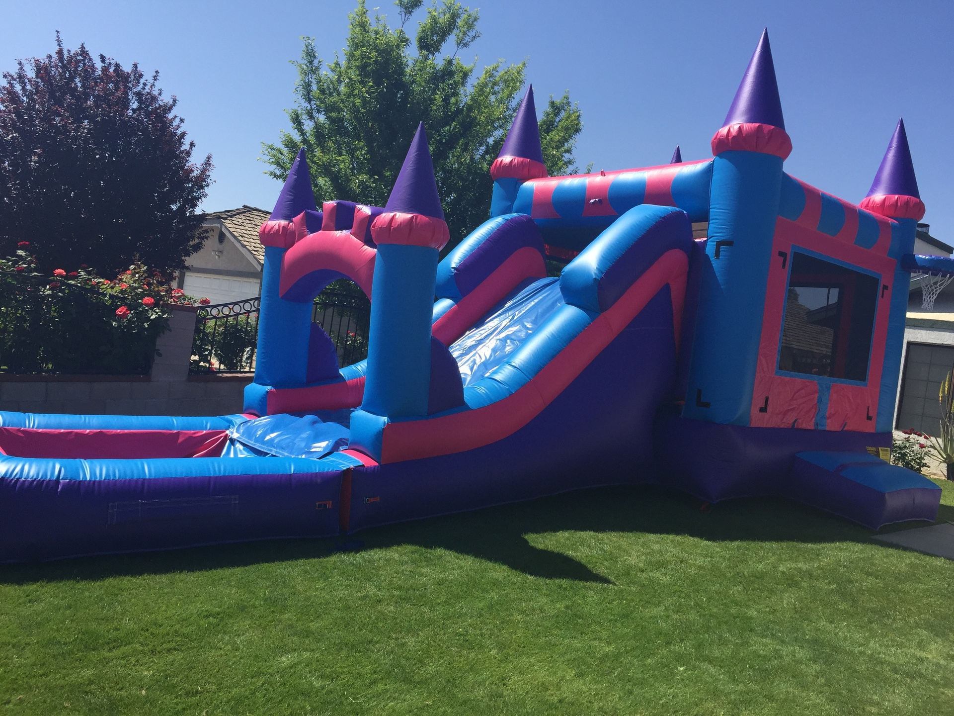 DELUXE 6-IN-1 WATERSLIDE COMBO